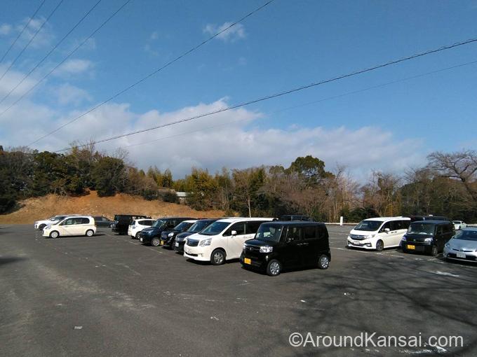 宝山寺・第2駐車場