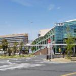 JR岸辺駅、向こうに見えているのは吹田市民病院