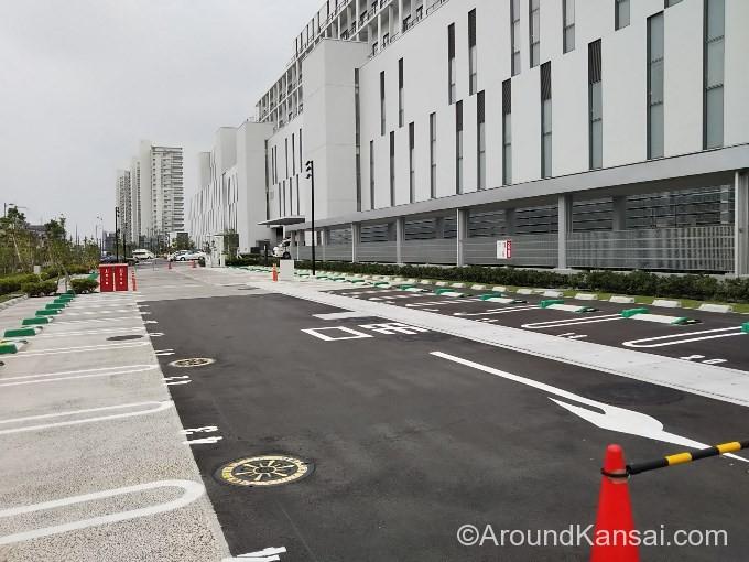 国循の地上駐車場(平日時間外・土日祝)