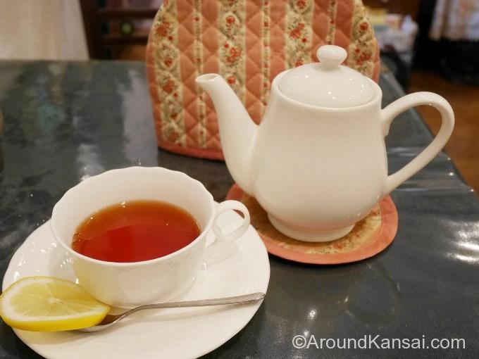 サンドセットの紅茶、レモンにしました