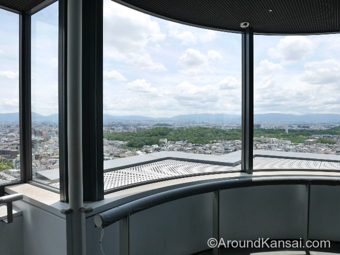 堺市役所の21階にある展望ロビーからの眺め