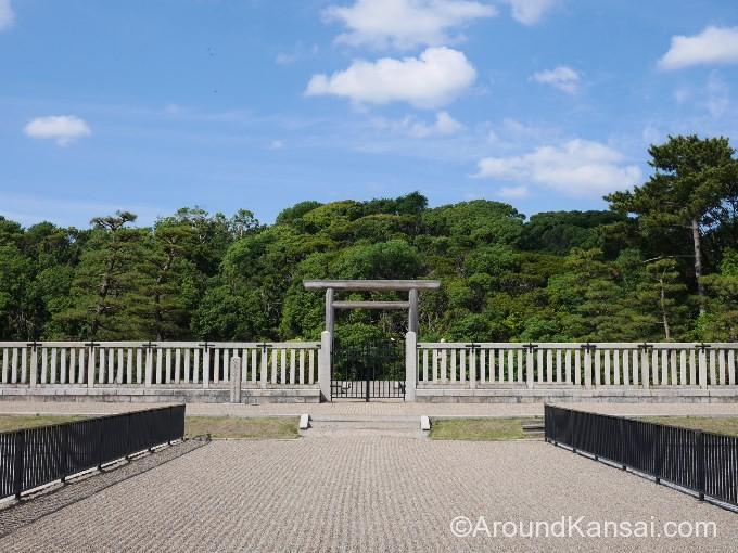 仁徳天皇陵古墳にもっとも近づける拝所