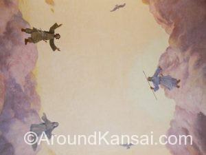 天地開闢(てんちかいびゃく)を描いた天井画