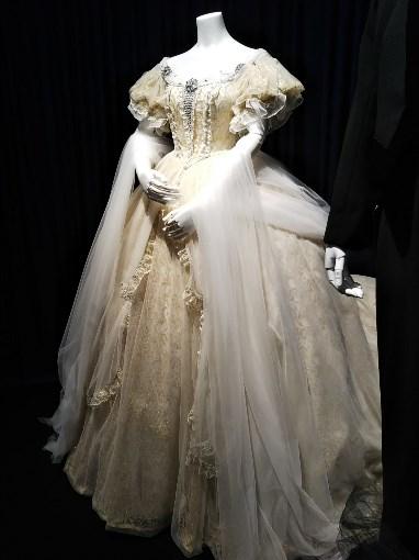 初演時のエリザベートの衣装