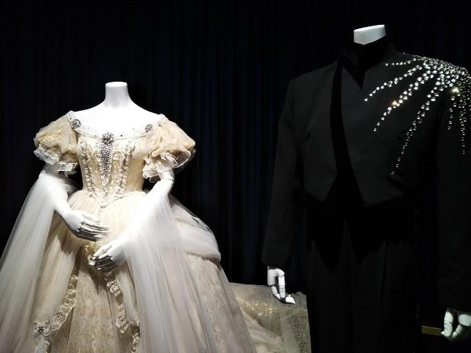初演時のトート&エリザベートの衣装