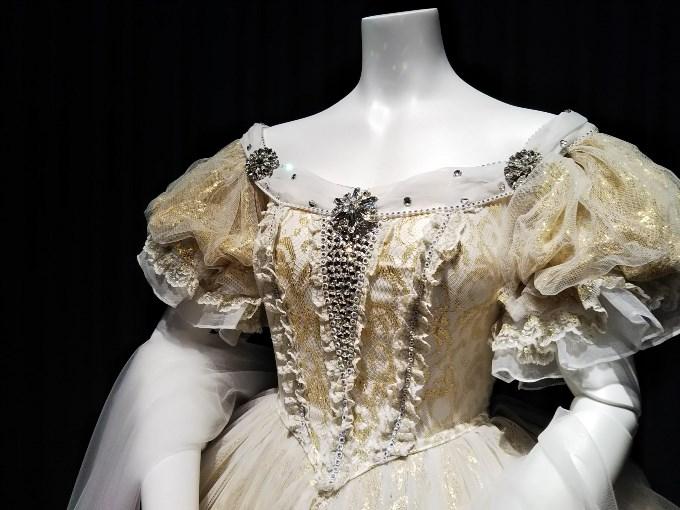 エリザベートの衣装アップ
