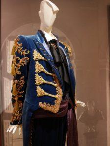 『追憶のバルセロナ』の衣装