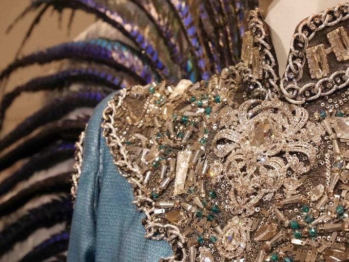 パレードの衣装アップ