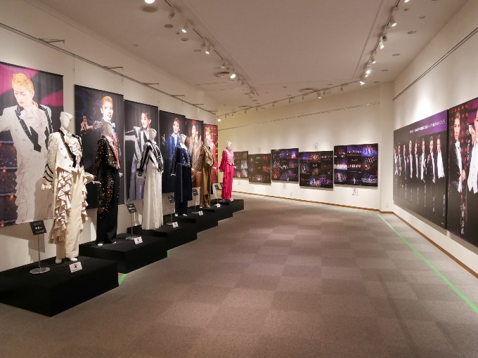 「男役の美学」の展示コーナー