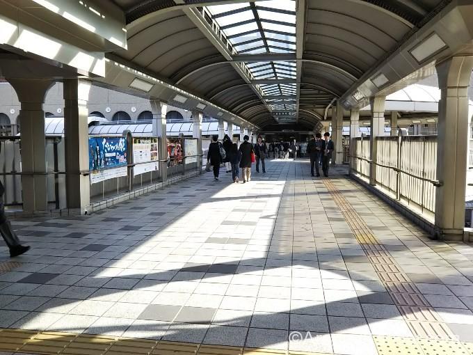 JRと阪急をつなぐ連絡通路